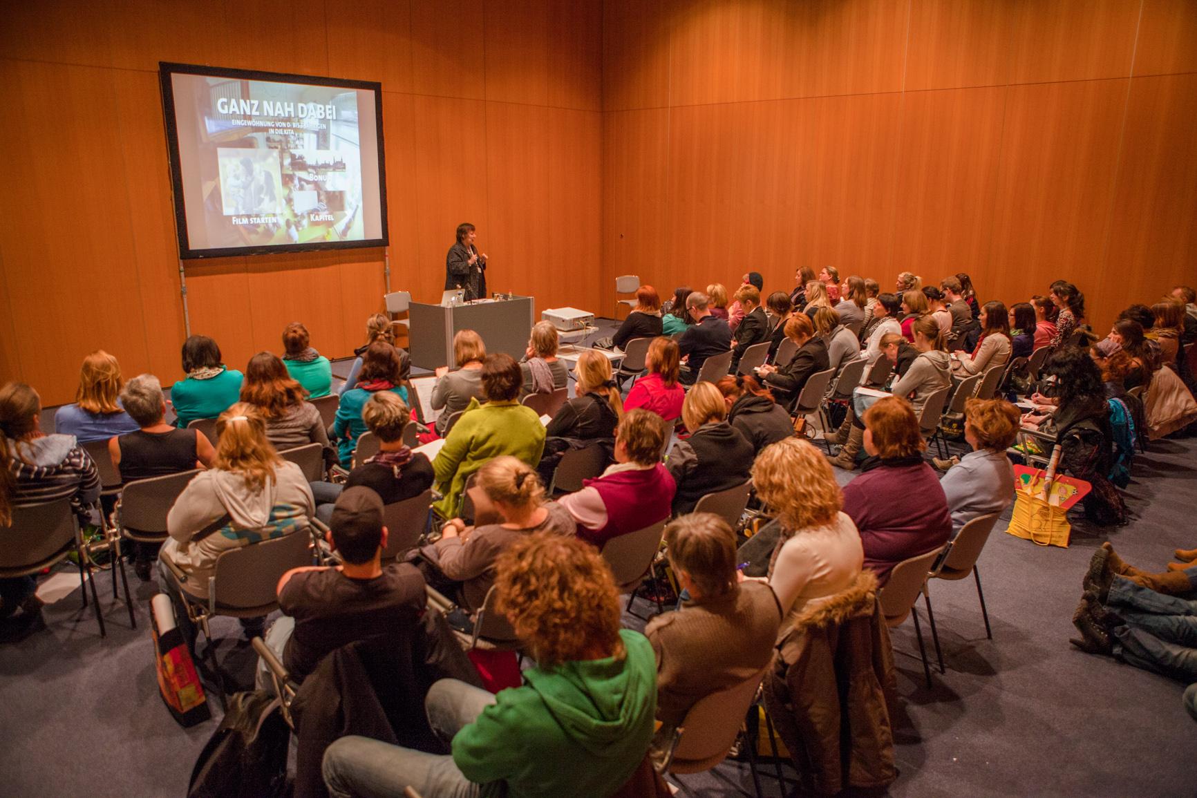 Christel van dieken didacta 2013 14 for Raumgestaltung christel van dieken